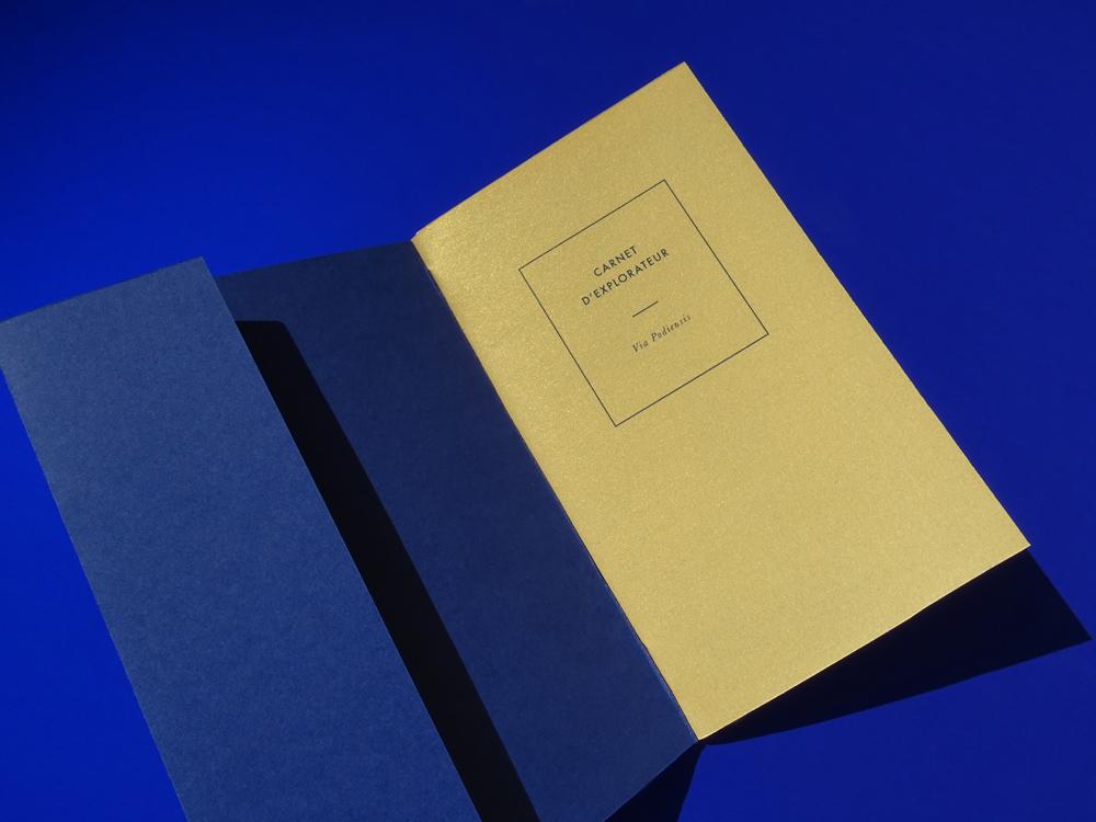 le carnet bleu , page de couverture